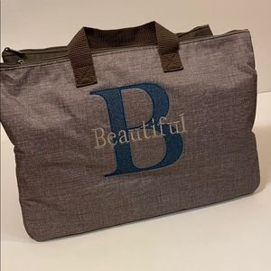 Thirty-one large purse or beauty organizer
